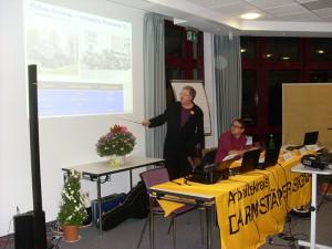 Jürgen Rose im Vortrag über Kampfdrohnen