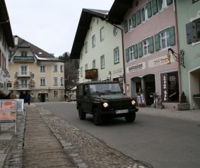 BundeswehrInMittenwald_by_flickr-user_NilsBrand_under-CC-License