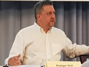 ruediger-noll-darmstaedter-signal